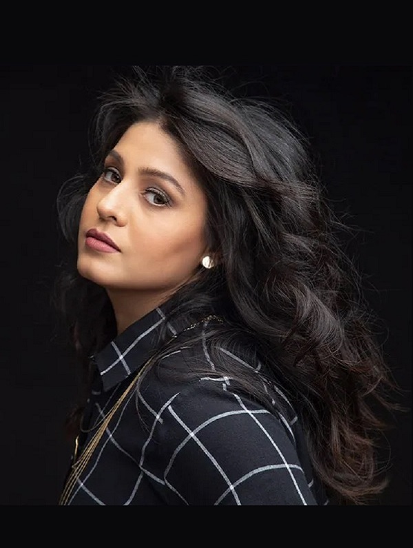 Sunidhi Chauhan at Coca-Cola Arena See the Bollywood icon live